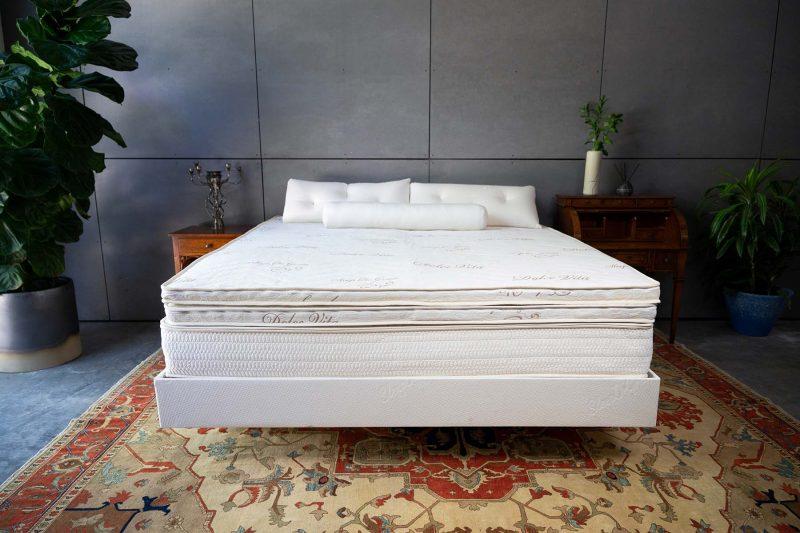 Dolce Vita Double Sided Pillow Top